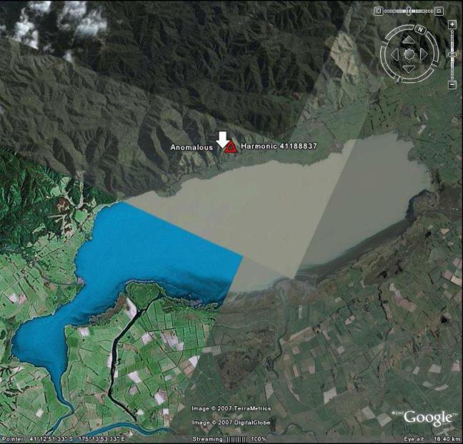 Gambar 11. Danau Waiarapa dan fitur aneh.