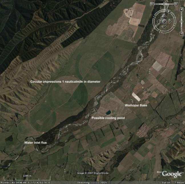Gambar 45. Tinjauan dari atas lembah yang memperlihatkan bentuk-bentuk lingkaran.