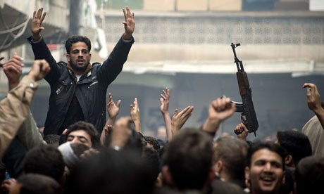 Pejuang pemberontak Suriah di Aleppo.  Foto: Odd Andersen/AFP/Getty Images
